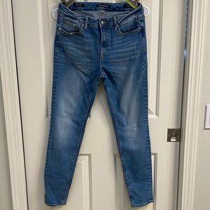 Vigoss Midrise Skinny Jeans